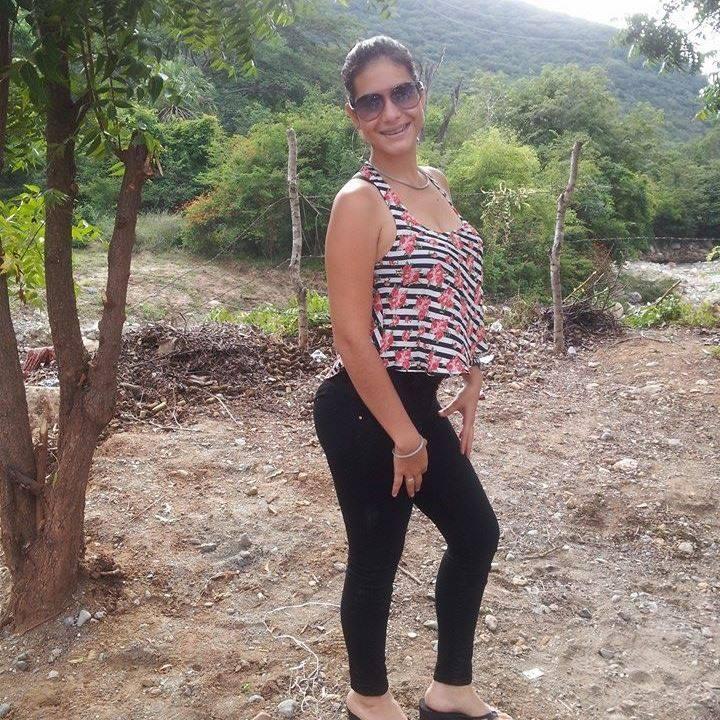 Marianela Mujer Soltera–140002