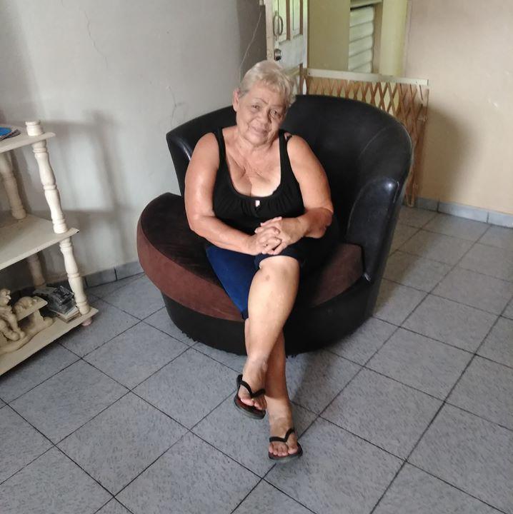 Mujeres Solteras–135640